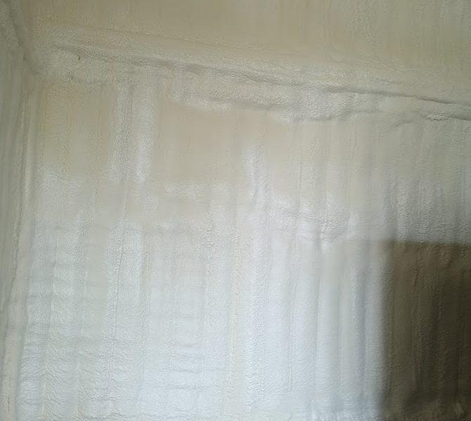 Zateplení obvodových stěn, haly